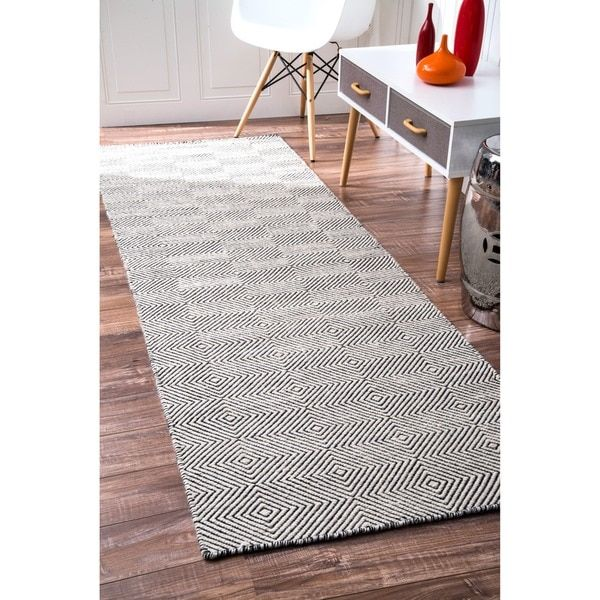 NuLOOM Handmade Concentric Diamond Trellis Wool Cotton Runner Rug 26 X 8 By Nuloom