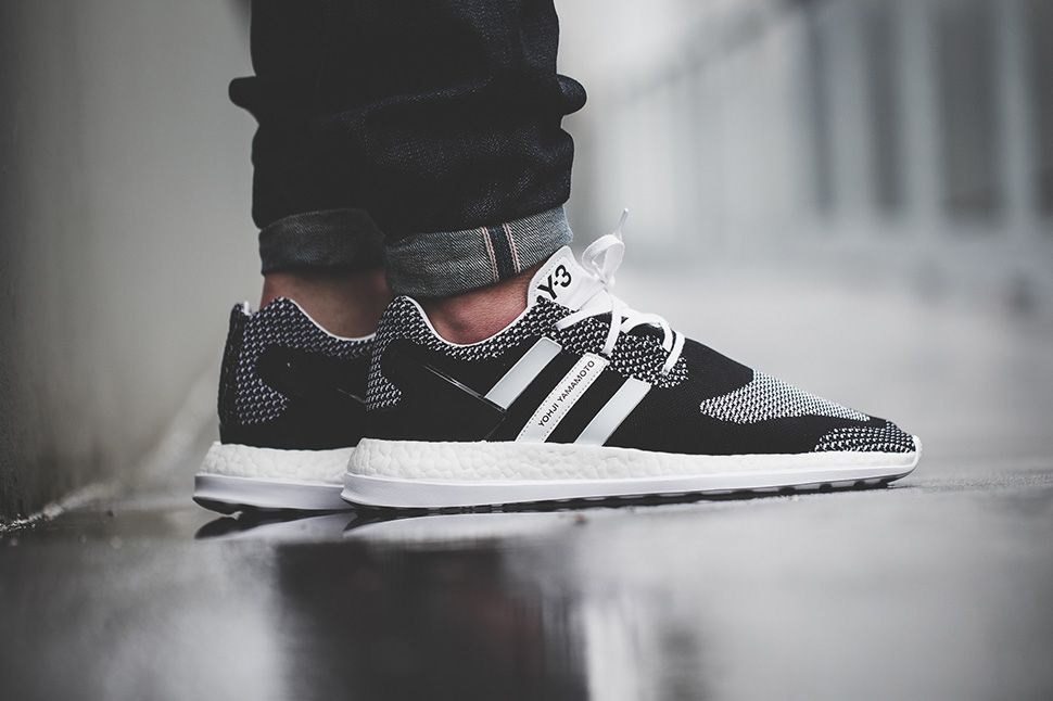 Y 3 Pure Boost ZG Knit White / Black Mens Sneakers Primeknit / Leather