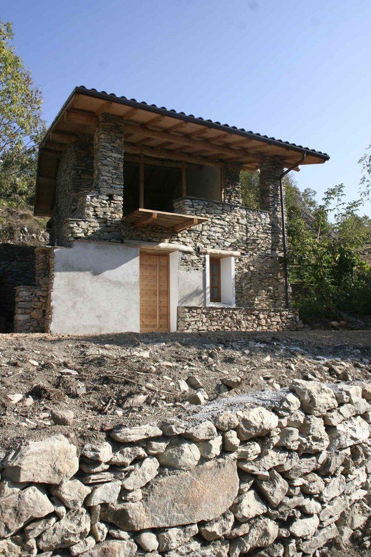 Casa vacanze nelle Alpi Liguri, Ormea, 2011 Studio