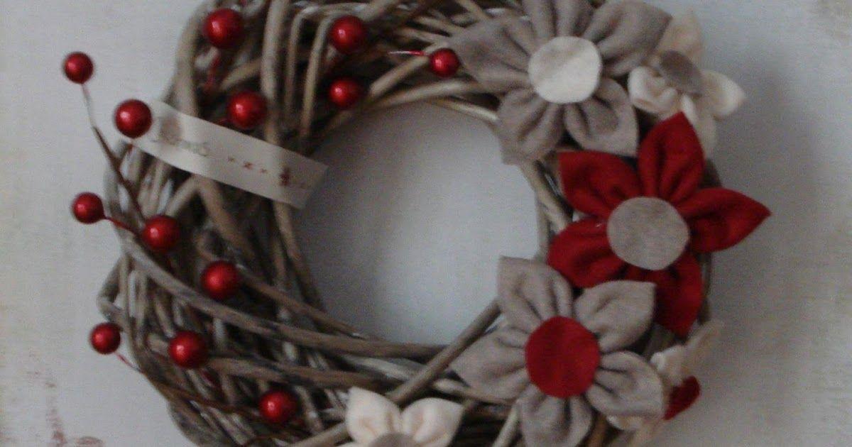 Photo of Domenica mattina mi sentivo in vena molto natalizia ed ho realizzato questa ghir…