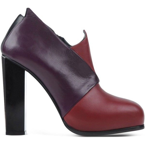 Charline De Luca Ankle Boots (€115) ❤ liked on Polyvore featuring shoes, boots, ankle booties, maroon, maroon booties, leather booties, bootie boots, leather sole boots and leather ankle booties
