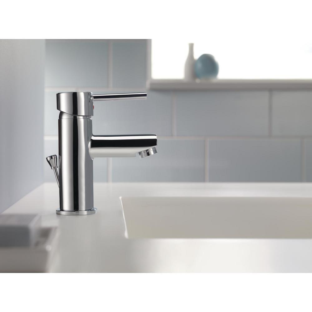 faucet delta trinsic hook dp amazon bath canada towel robe bathroom hooks chrome