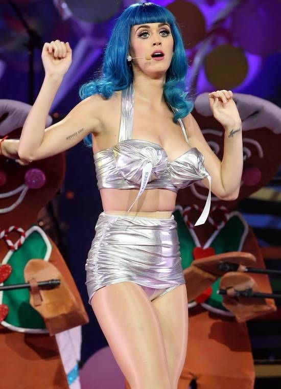 california gurls were unforgettable daisy dukes bikinis on top sun halloween costumesmontrealkiss - Daisy Dukes Halloween Costume