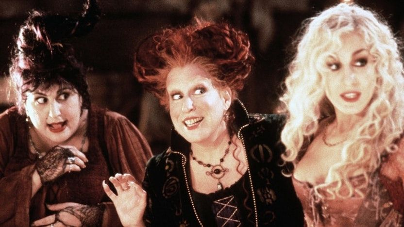Here S Every Single Time Hocus Pocus Is Airing On Freeform S 31 Nights Of Halloween In 2020 Bette Midler Haunted Movie Kathy Najimy