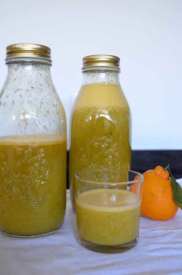 Suco de frutas com couve