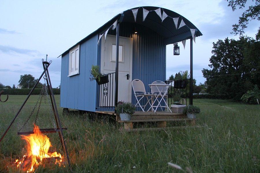 Verande mobili ~ Pretty veranda bespokeshepherdhutcompany.com the shepherds hut