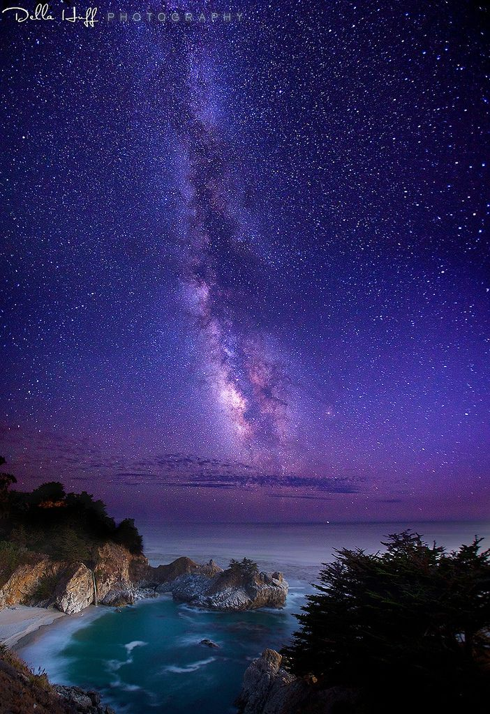 wowtastic-nature:  The Infinite Meadows of Heaven: Milky Way over McWay Falls by  Della Huff Photography on Flickr (Original size - Height: 1024px - Width: 702px)