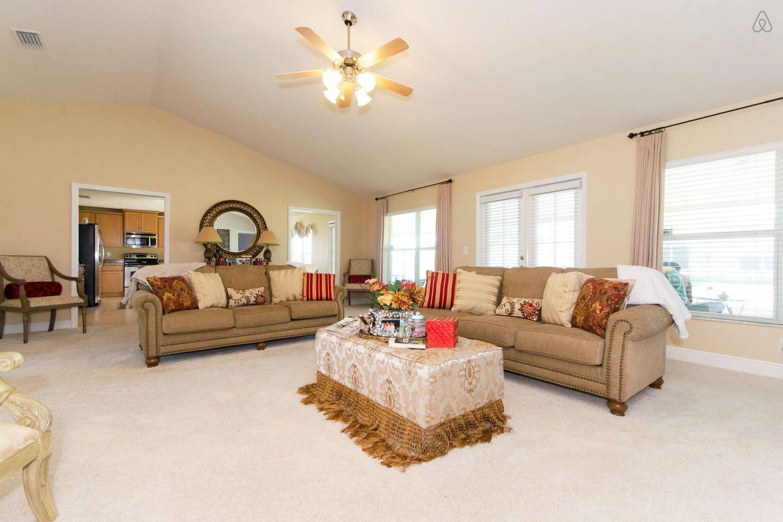 Built 2011 4 bedroom home vacation rental in