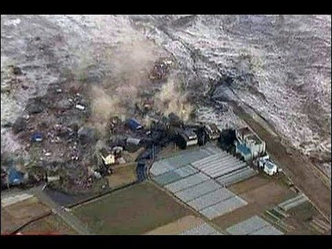 amazing live footage of tsunami hiting and destroying coast of japan
