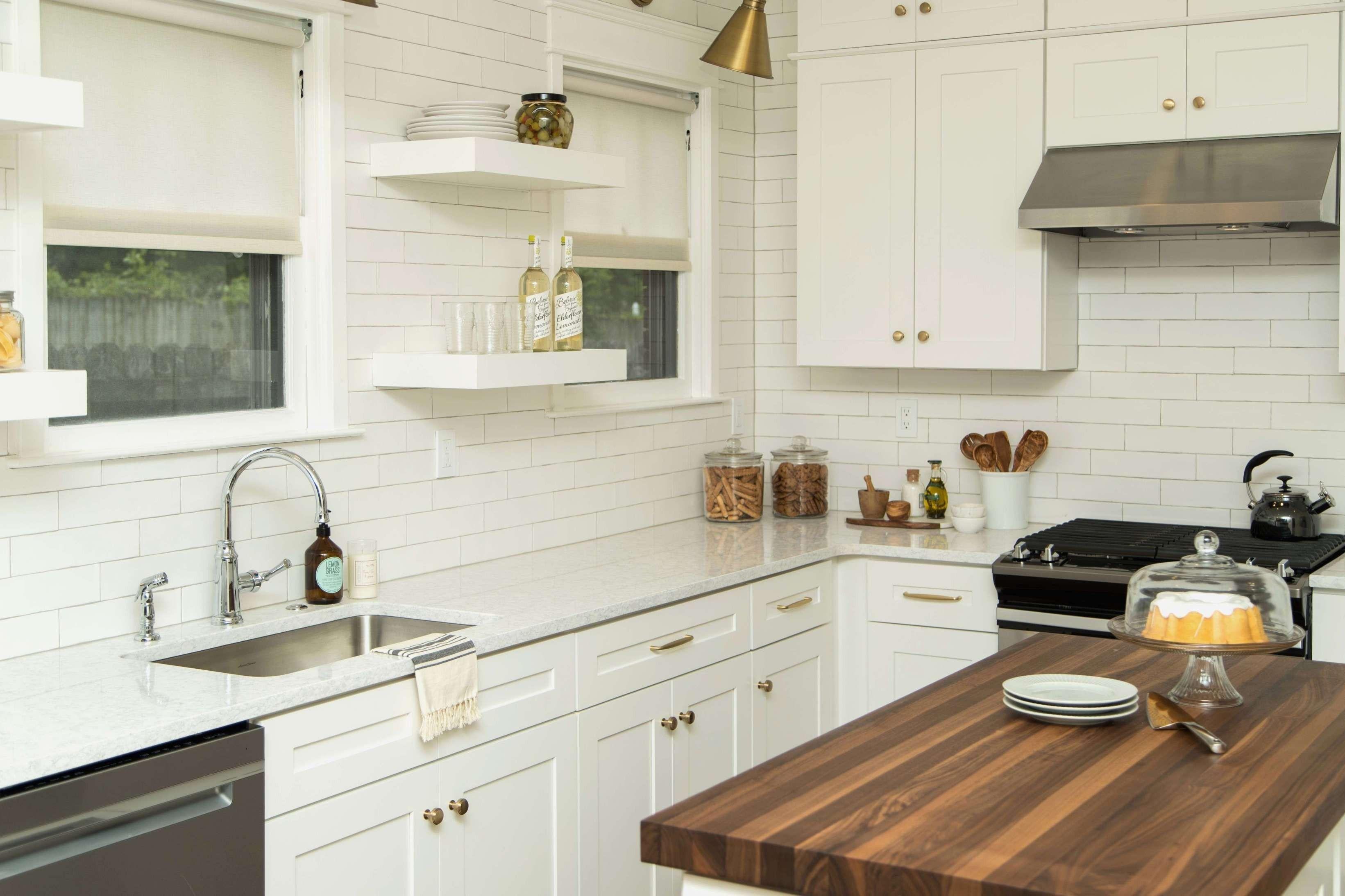 Amazing Small Kitchen Island Ideas   Kitchen layout, Kitchen ...