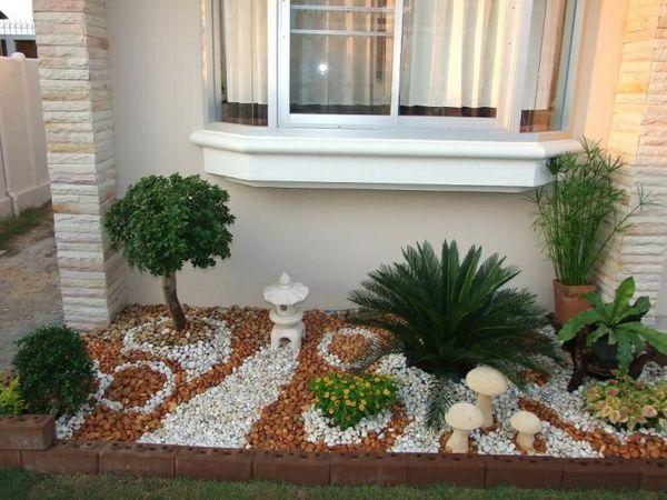 Kleiner steingarten mit unterschiedlichen farben ideen - Kleiner steingarten ...