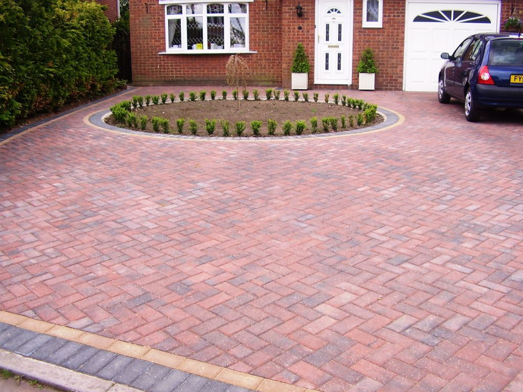 Block paved driveway great coates grimsby self build for Garden design grimsby