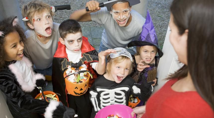 Healthy Halloween 5 Tips to Stay on Track My Well-Being - halloween costume ideas for groups of 5