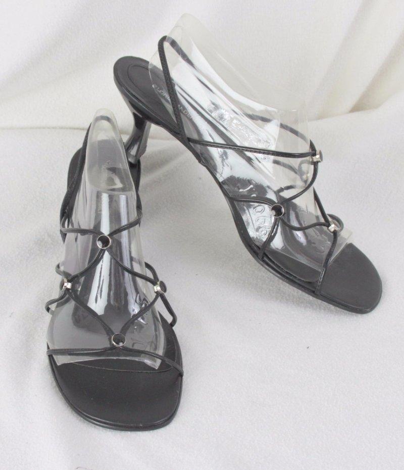 Gloria Vanderbilt Sandals 9 size Black Strappy Womens Slip