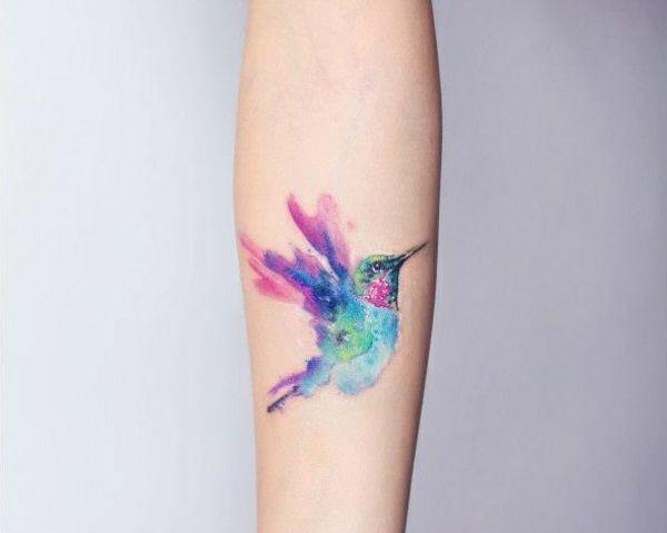 tattoo farbe unterarm tattoo vogel tattoo pinterest