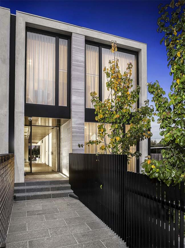 22 Modern Residences With Classy Exterior Designs: Townhouse Designs, Modern Architecture House