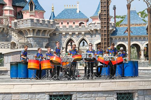 Did you know that a lot of music bands perform in #Disneylandparis as part of various programs.