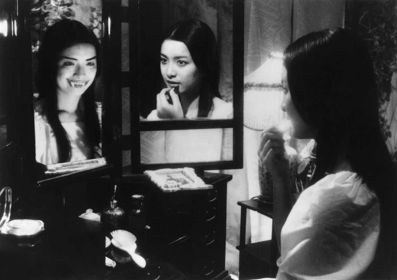 House Nobuhiko Obayashi (1977) Movie Stills & Posters