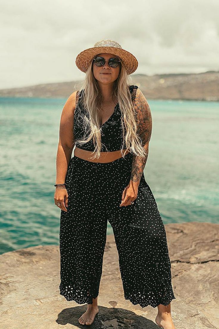 Island style   Island vacation outfit   Island style fashion   Island style clothing   Vacation outfits   Beach vacation outfits   Pants two piece outfit ideas   Polka dot crop top set   Crop two set culottes   Palazzo pants summer   Straw hat outfit summ #vacationoutfits