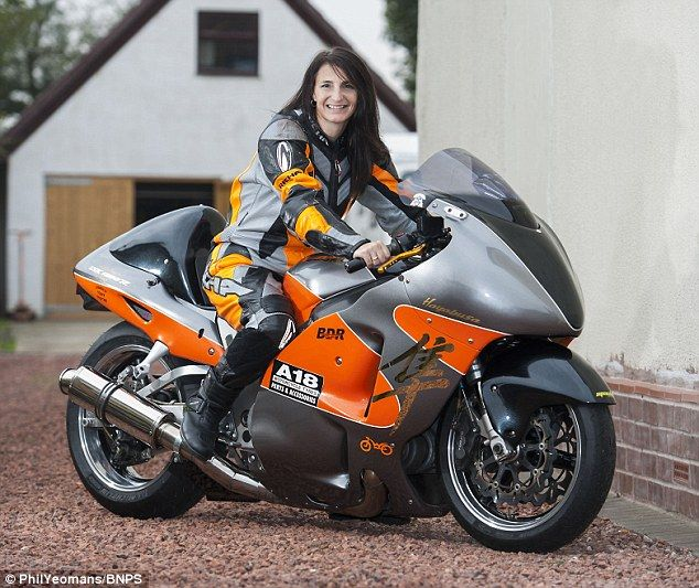 British mother smashes land speed record by going 264mph on motorbike