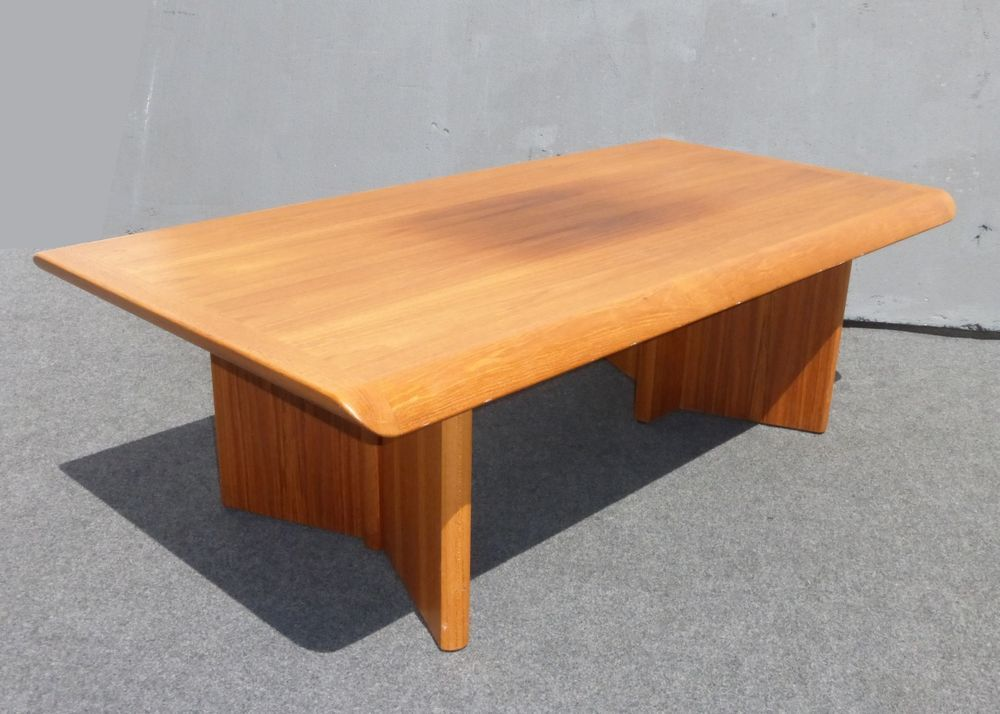 Vintage Danish Modern Teak Coffee Table Made In Canada By Nordic