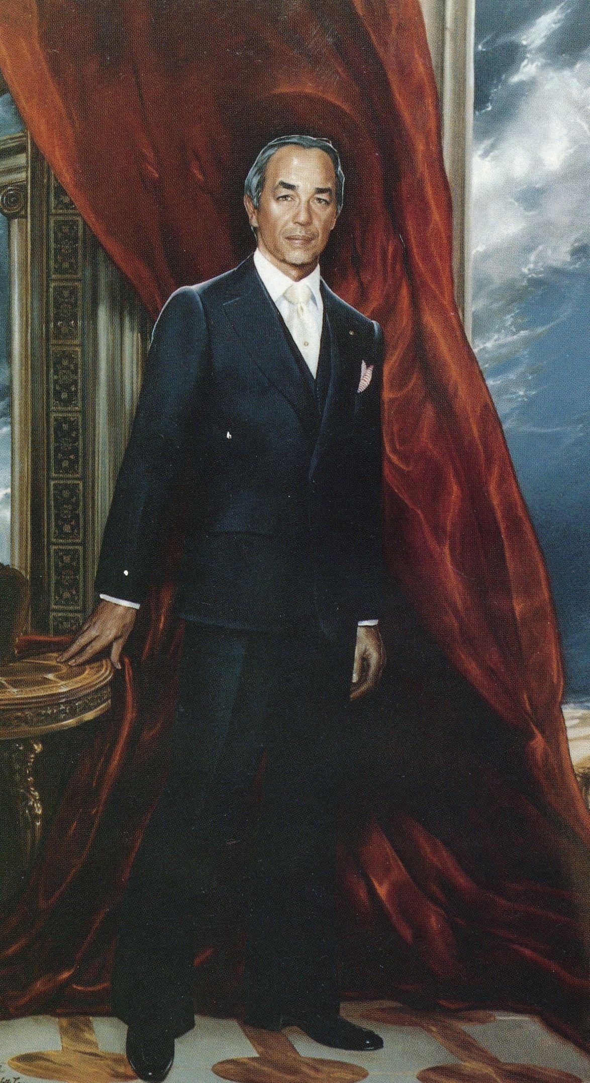 H M King Hassan Ii 52 X 90 Oil On Canvas Painted By Ralph Wolfe Cowan Cowan Art History Portrait Artist