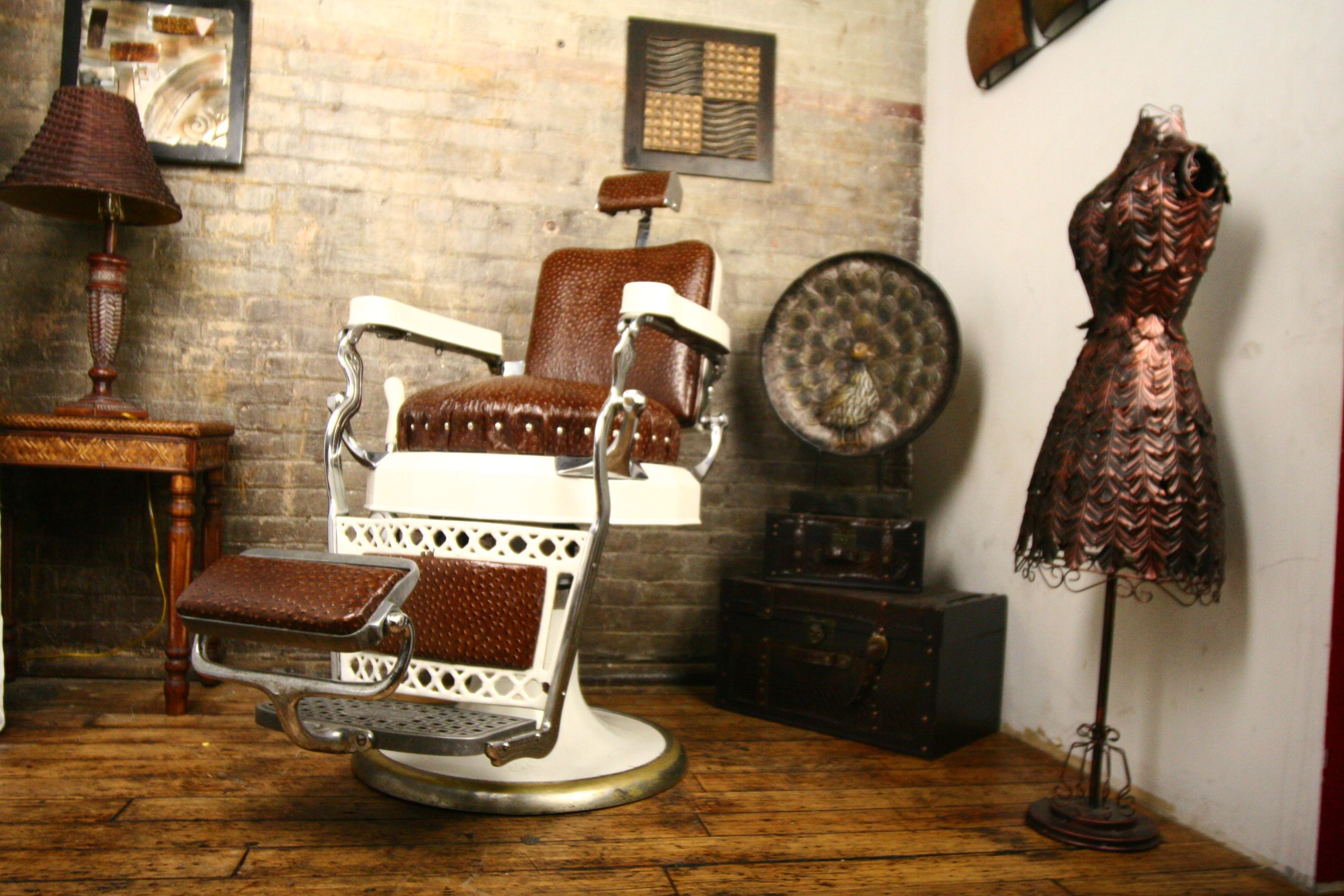 Antique Barber Chair For Sale Retro Barber Shop Barber Chair Tree Vintage Barber Chair