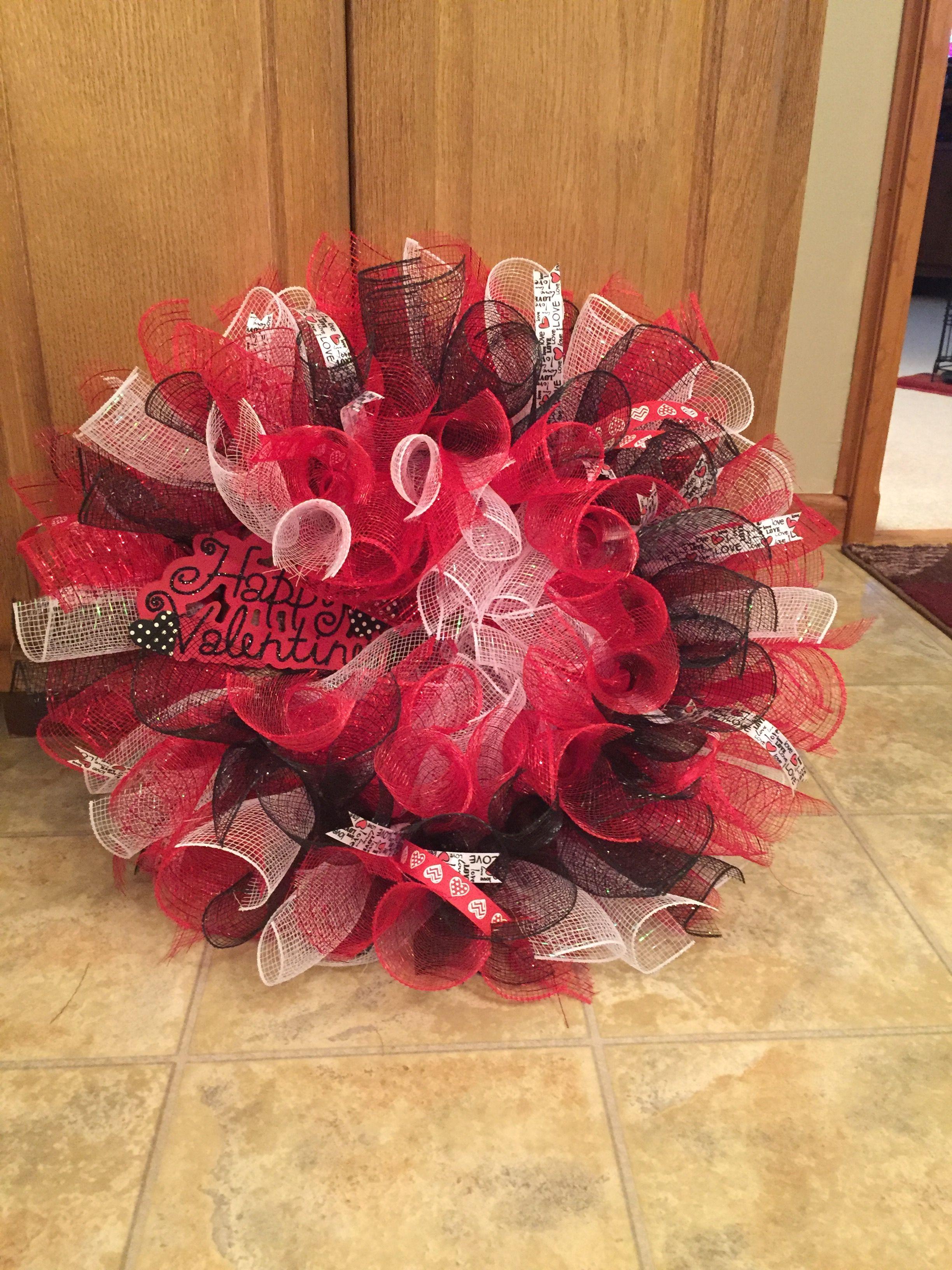 Red white and black Happy Valentines Decomesh Wreath