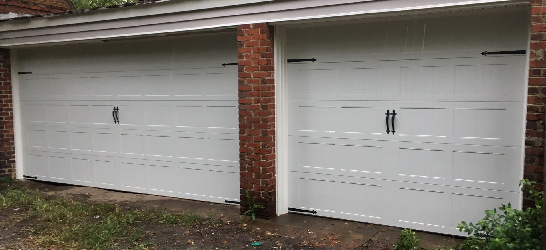 9x8 And 16x8 Model 5216 Carriage Style Stamped Garage Doors Installed By The Richmond Teamledoor