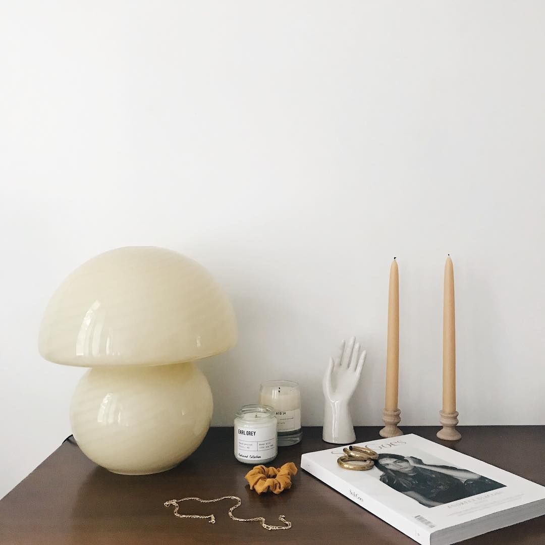 Raise A Hand If You Re As Crazy About This Murano Glass Mushroom Lamp As I Am Mushroom Lamp Murano Lamp Glass Mushrooms