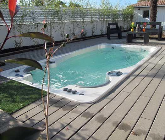 Photo of Swimming Pool Spa | 14 fX AquaTrainer by Hydropool