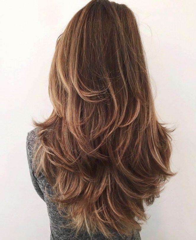 Haare Schneiden Anleitung Stufen Haarschnitte Und Frisuren Trends 2018 Part 2 Gestufter Haarschnitt Haarschnitt Lang Frisuren Lange Haare Schnitt