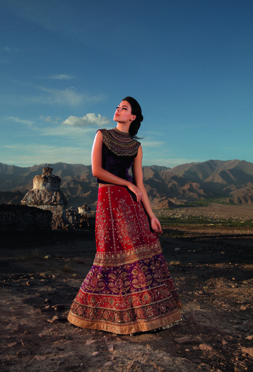 KnotsAndHearts || #WeLove || Indian Fashion | Ritu Kumar | Bridal ...