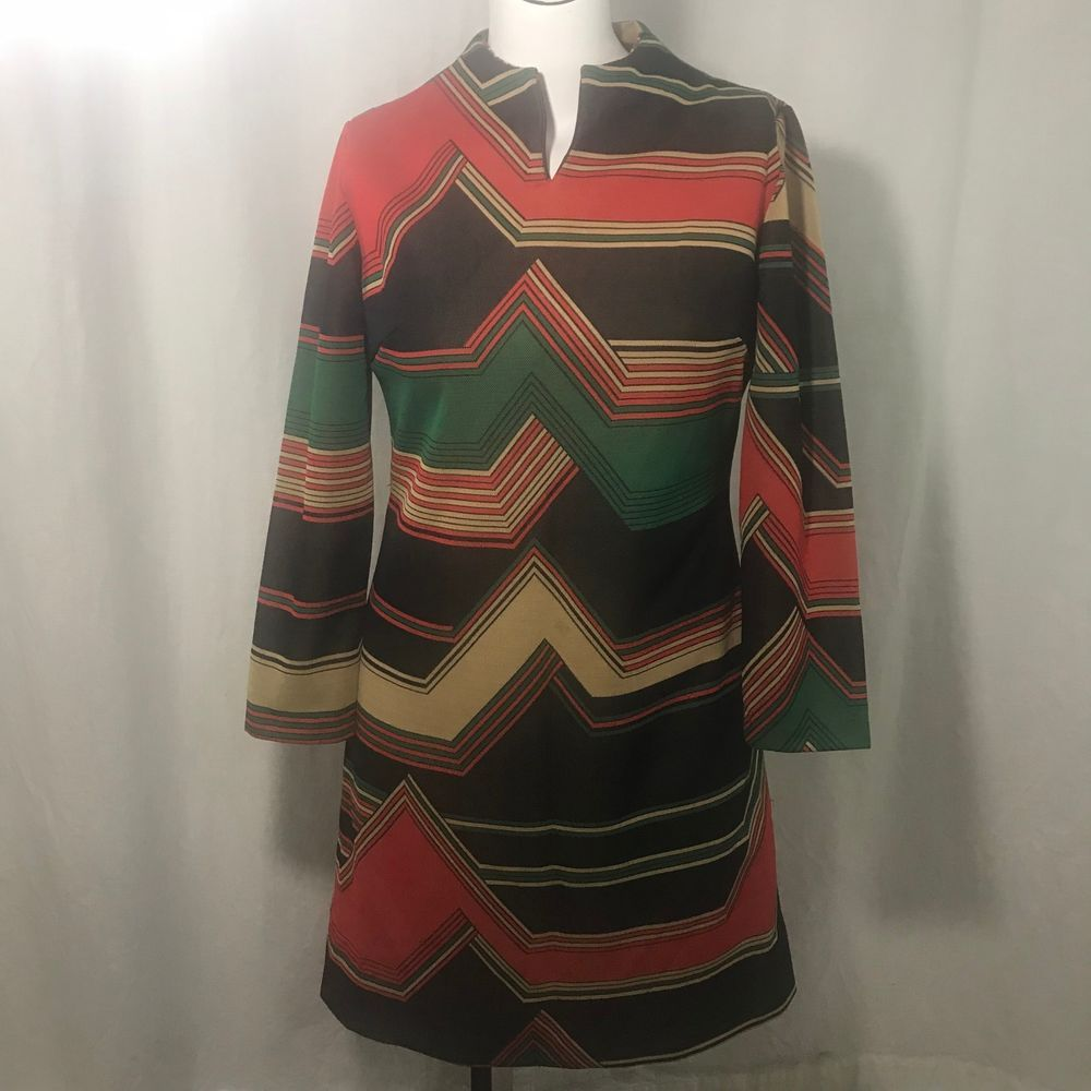 Vtg 70s Joan Curtis Loud Geometric Print Shift Dress L Green Black Red Mod Go Go Joancurtis Shift Printed Shift Dress Vintage Outfits Black And Red [ 1000 x 1000 Pixel ]