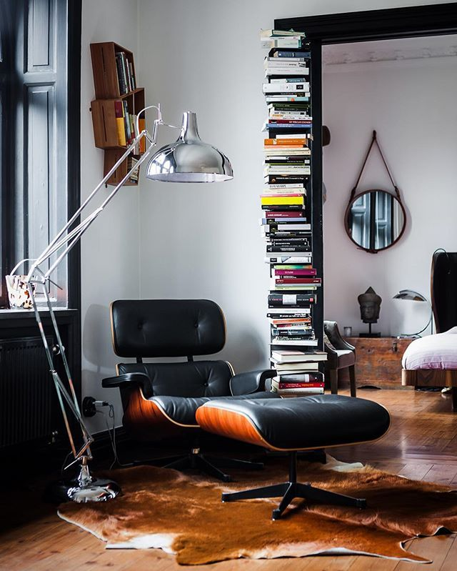 Eames Stoel Lounge.The Eames Lounge Chair And Ottoman Chair Muno Eameschair