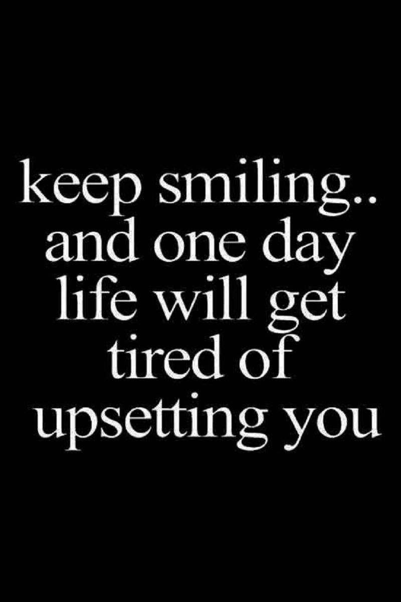 Keep Smiling Through It All Funny Life Lessons Funny Quotes Family Quotes Funny