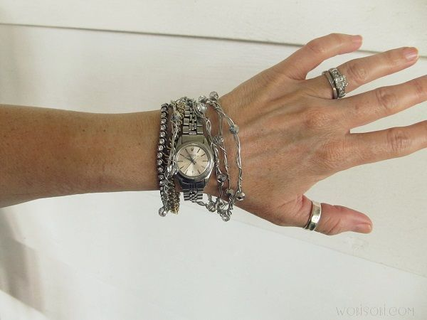 Wire and Crystal Bangle Bracelets, DIY -  Wire and Crystal Bangle Bracelets, DIY  - #bangle #Banglebraceletsdiy #bracelets #crystal #DIY #Leatherjewelrydiy #wire