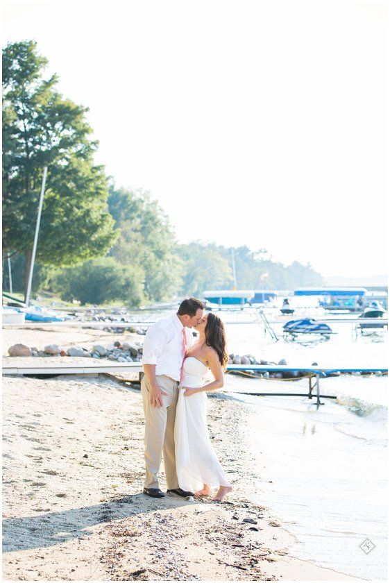 Intimate Wedding On The Ss Of Torch Lake Rayan Anastor Photography Photographer 0018