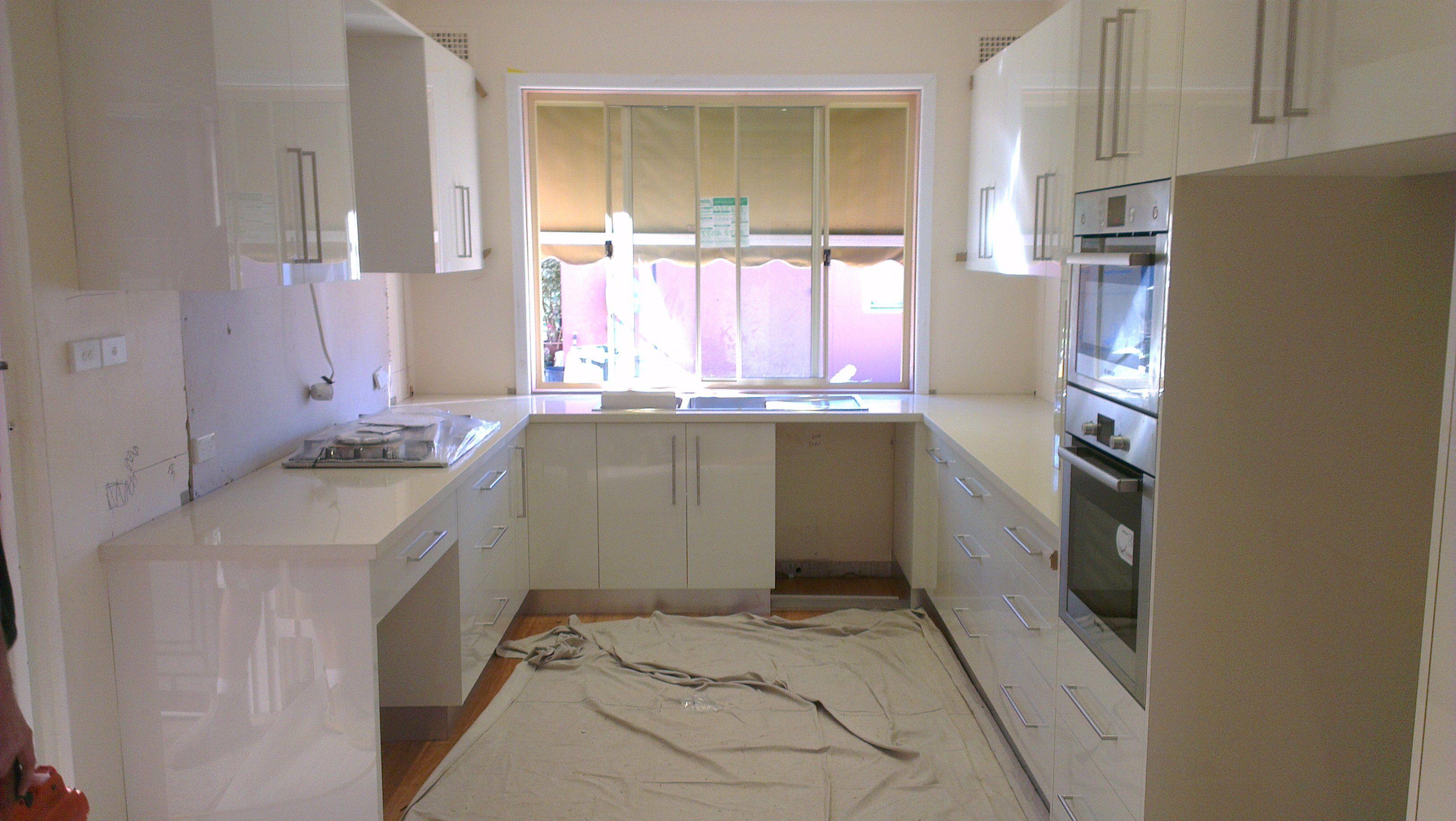 12 X 11 Kitchen Designs With Island 11 X 8 Kitchen Design L Shape Kitchen Layout Kitchen Design Pictures Kitchen Layout