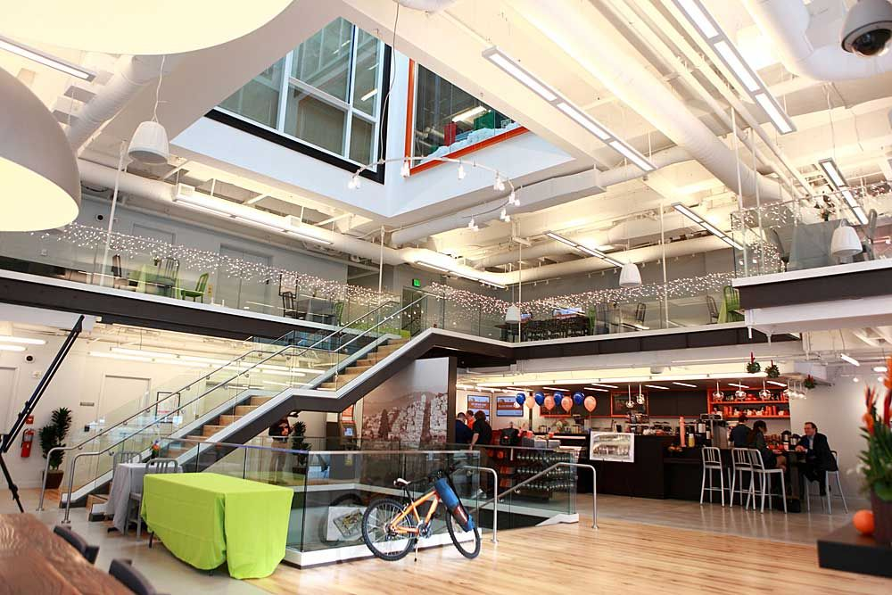 ing_direct_cafe_san_francisco_main_floor Cafe, Bank