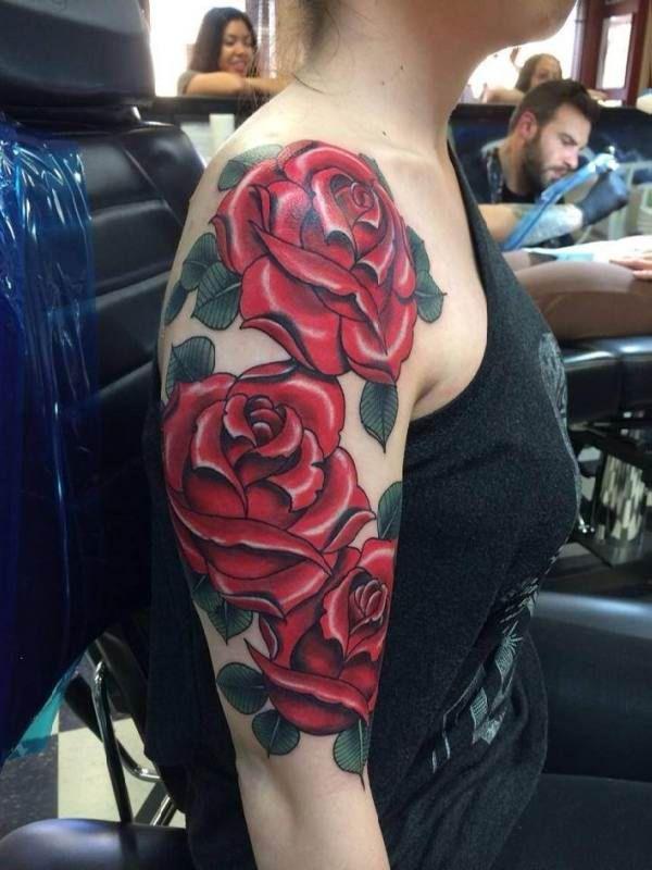 3 roses upper arm tattoo tattoo tattooed tattoos mis tatuajes pinterest upper arm. Black Bedroom Furniture Sets. Home Design Ideas
