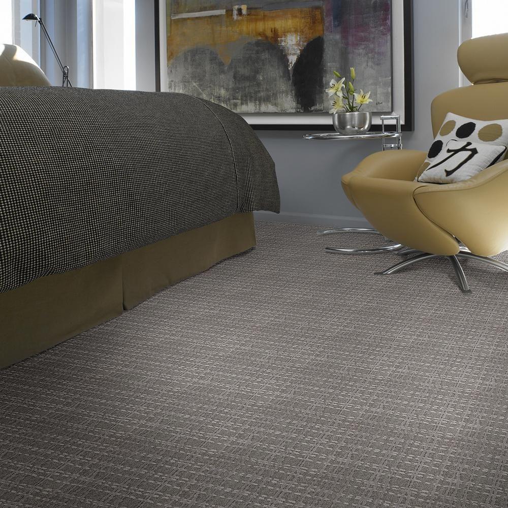 Fierce Bold Storm Ea703 00500 Carpets Sample With Images Black Vinyl Flooring Shaw Floors Flooring