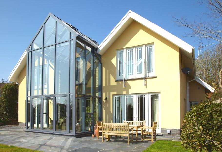 красивые фасады частных домов фото из стекла лимона можно купить