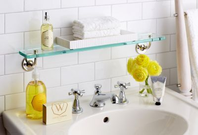 8 Must Have Items For Your Guest Bathroom Home Decor Guest Bathroom Bathroom Decor Bathroom