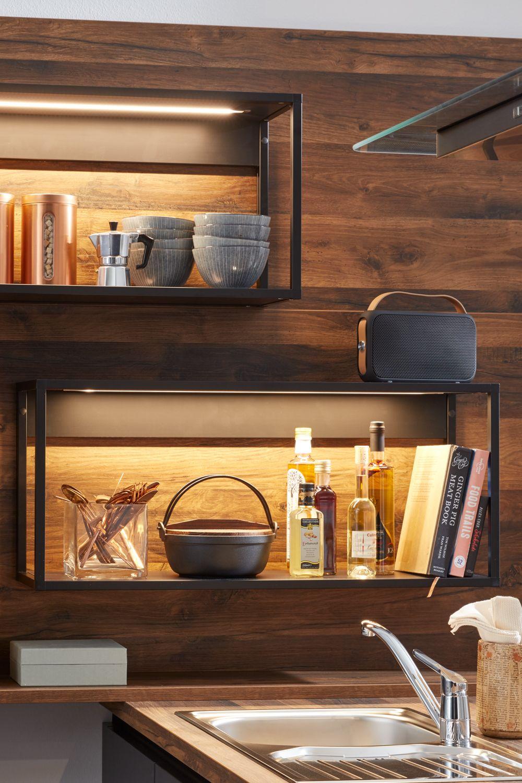 Elegante Alu Systemregale Mit Beleuchtung Kuchentrends Kuche Kuchen Design