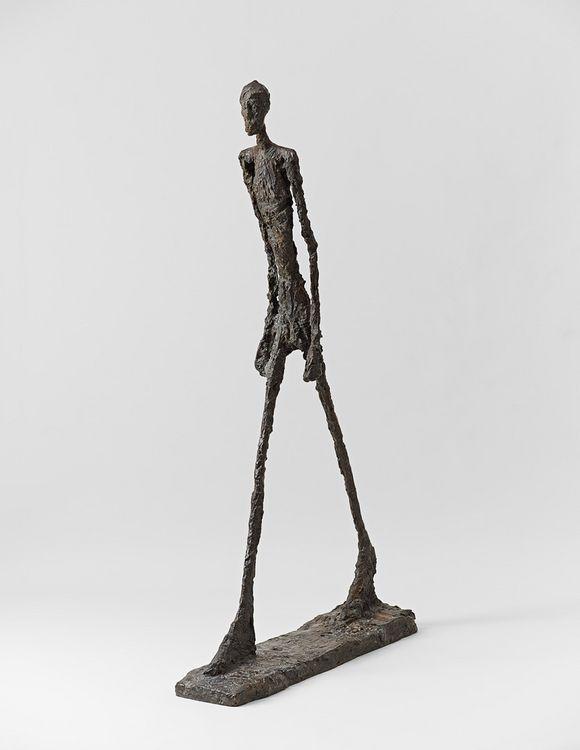 L'Homme qui marche II (Alberto Giacometti,1960) (mit ...