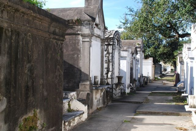 things to see in lafayette cemetary | oldest and most famous cemeteries in New Orleans, Lafayette Cemetery ...