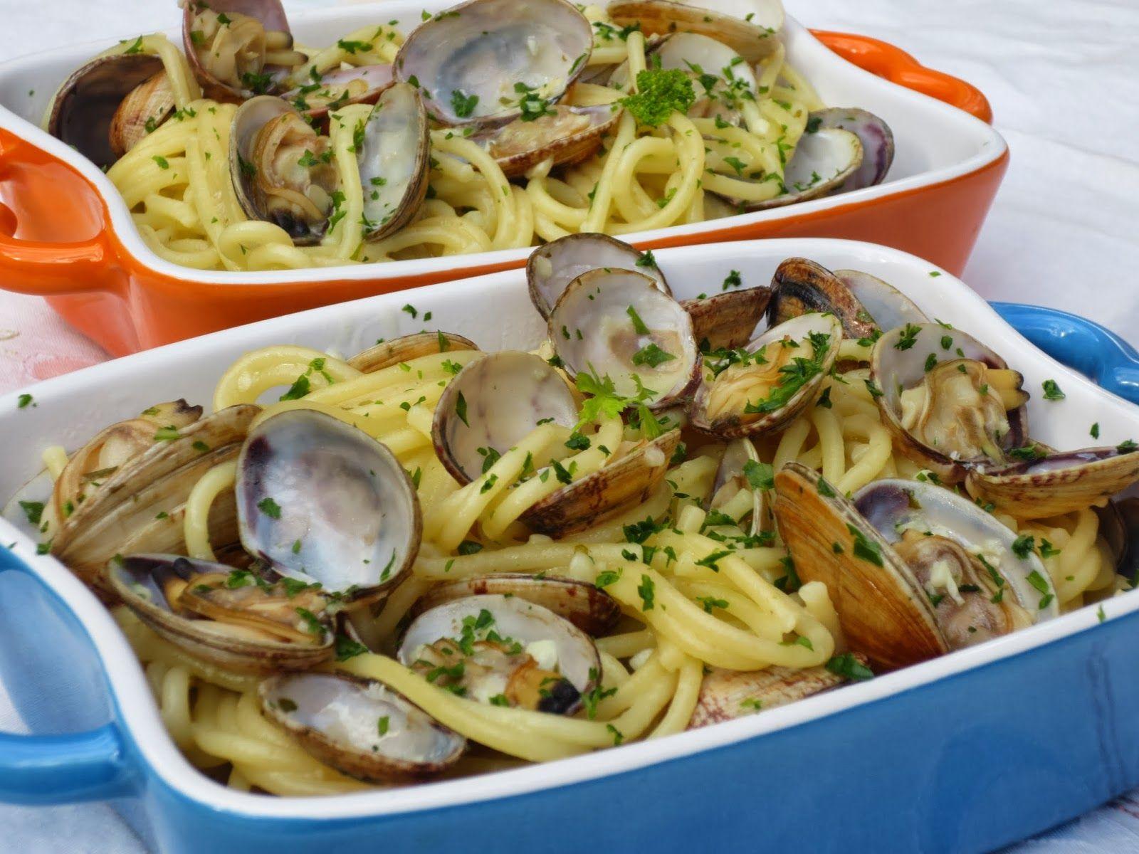 Espaguetis con almejas almejas cocinas tradicionales y - Espaguetis con almejas ...