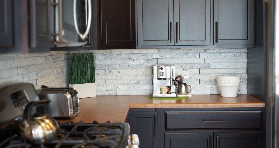 A Linear Whitewashed Wood Backsplash 100 Reclaimed Barn Wood Warmth Character And Light Wood Kitchen Backsplash Wood Tile Kitchen Wall Tiles
