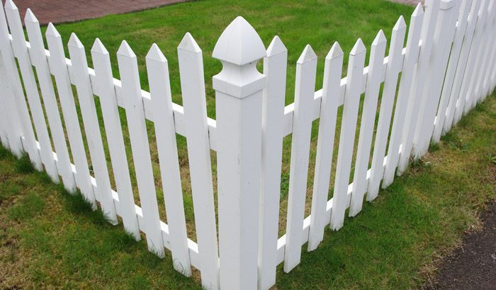 Vinyl Fences The pros • Can pass for wood at a distance • Low maintenance – will never require painting • Does not splinter, therefore a child friendly choice. The cons • Expansion and contraction as temperatures change can make • PVC brittle and liable to damage • Prone to mould, algae and mildew – which are almost impossible to eradicate once established on fencing and cause unsightly stains • Currently there is no industry approved way to paint a vinyl fence – owners often find they…